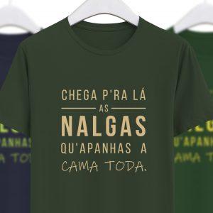 foto da tshirt chega pra la as nalgas verde da colecção alentejanices